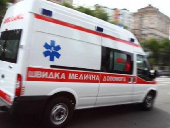 В Біленькому жінка вижила при падінні з даху